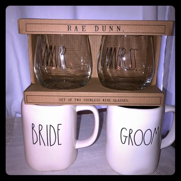 Set of Mr and Mrs wine glasses mugs